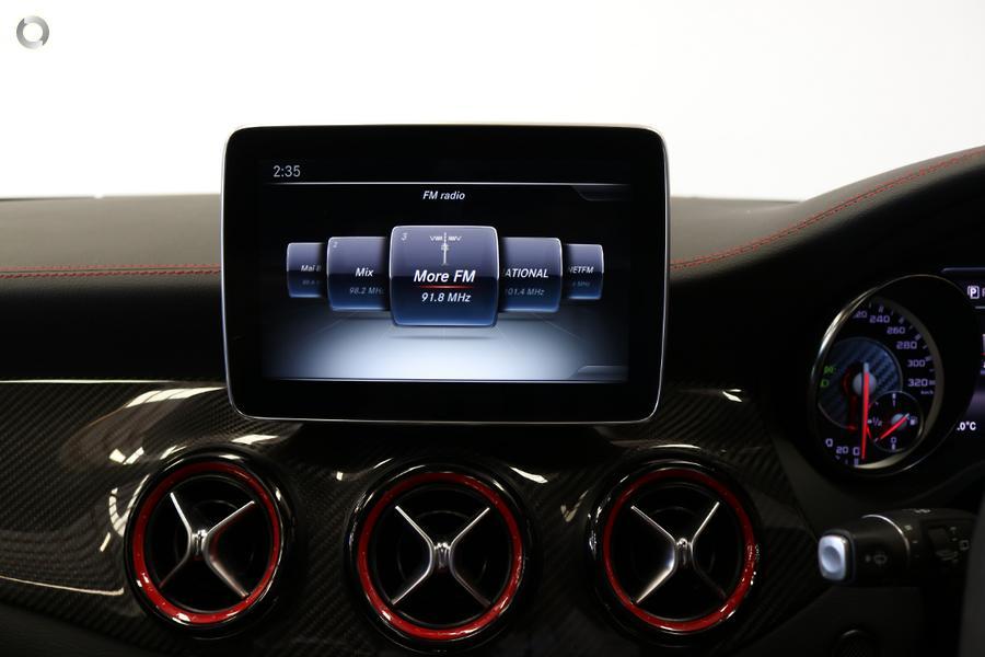 2016 Mercedes-AMG CLA 45 Shooting Brake