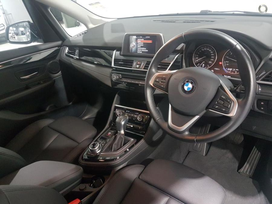2017 BMW 218i Sport Line