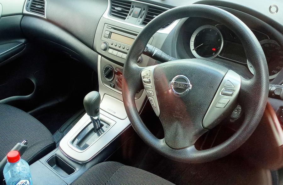 2014 Nissan Pulsar ST C12