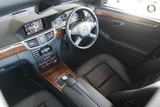 2013 Mercedes-Benz E 200