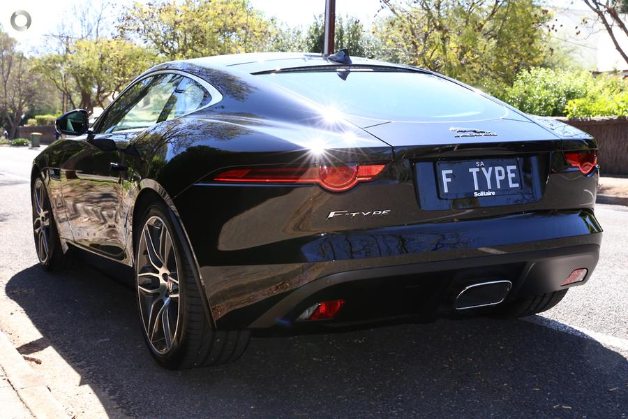 2017 Jaguar F-TYPE 221kW X152