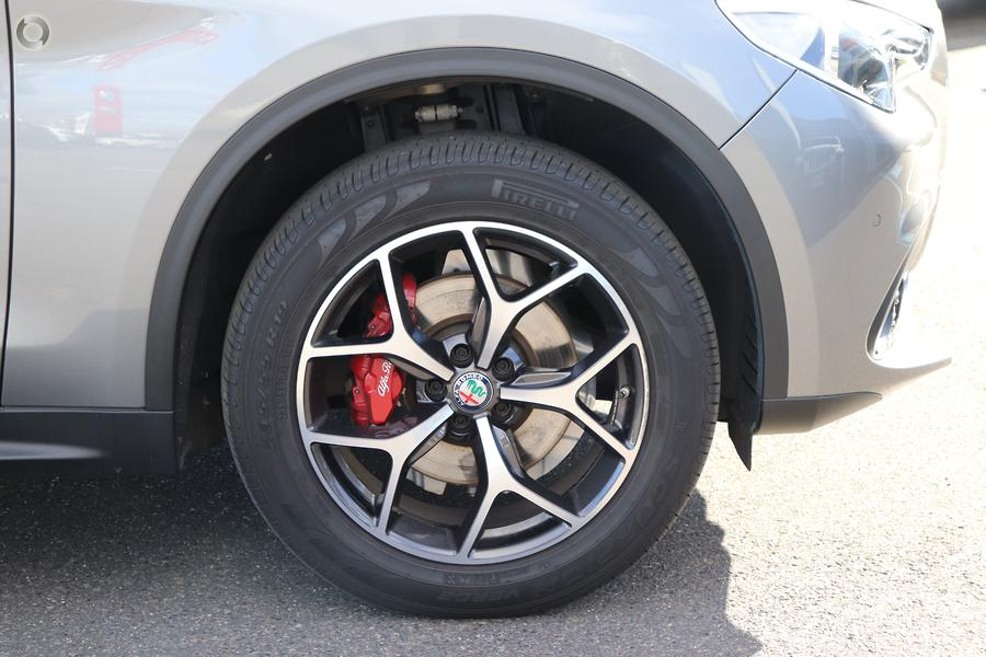 2017 Alfa Romeo Stelvio First Edition (No Series)