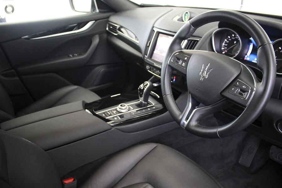2017 Maserati Levante  M157
