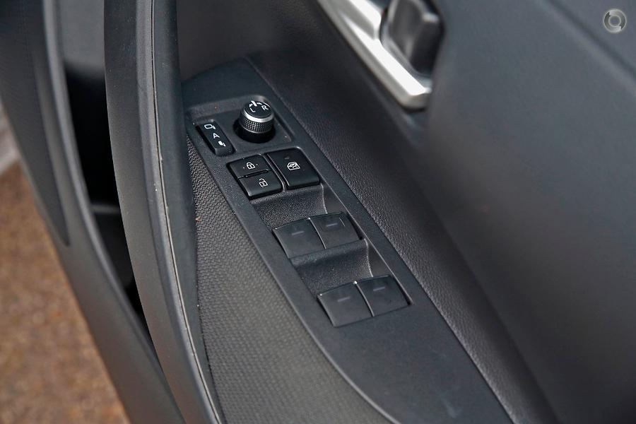 2018 Toyota Corolla SX MZEA12R