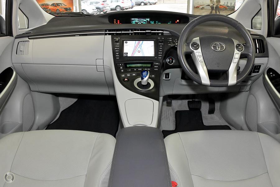 2011 Toyota Prius i-Tech ZVW30R