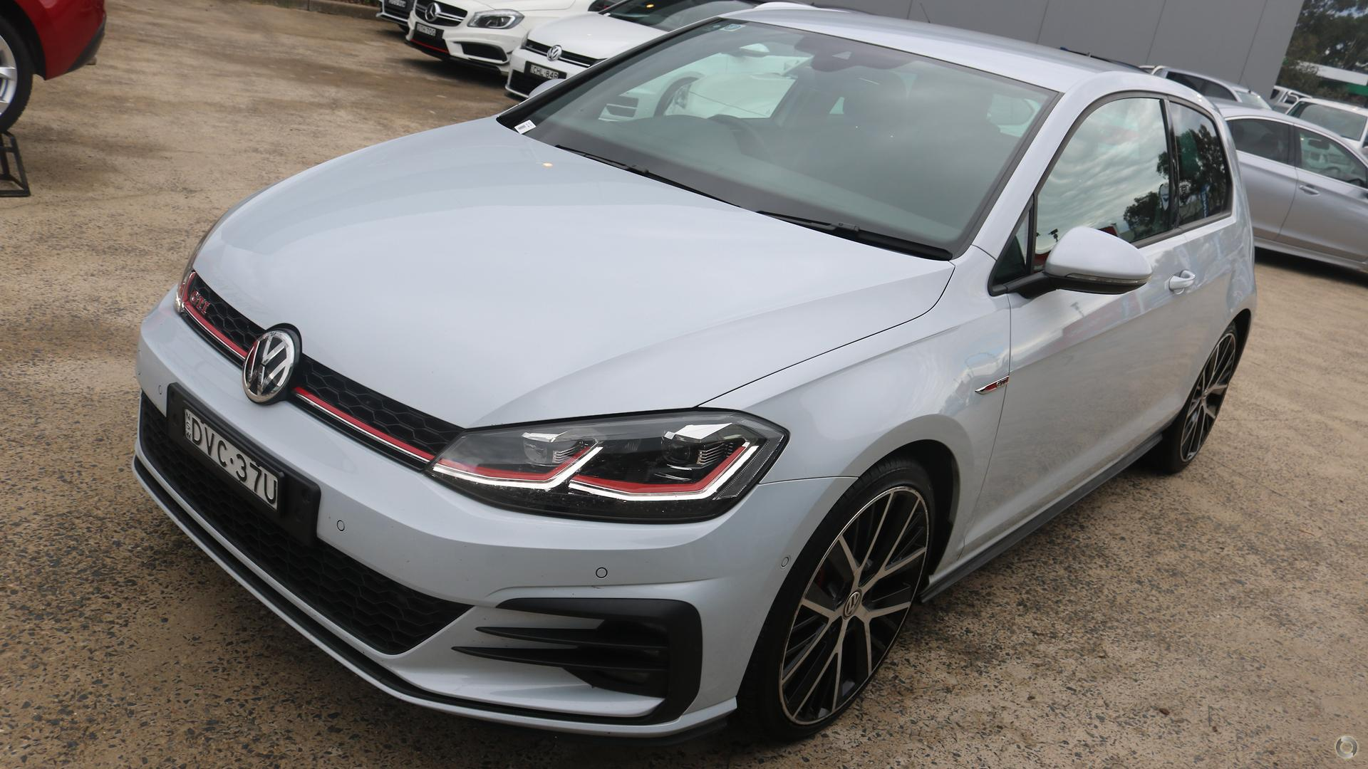 2017 Volkswagen Golf GTI Performance Edition 1 7.5
