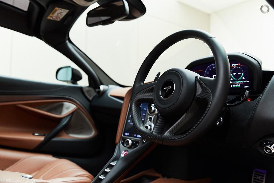 2019 McLaren 720S Luxury P14