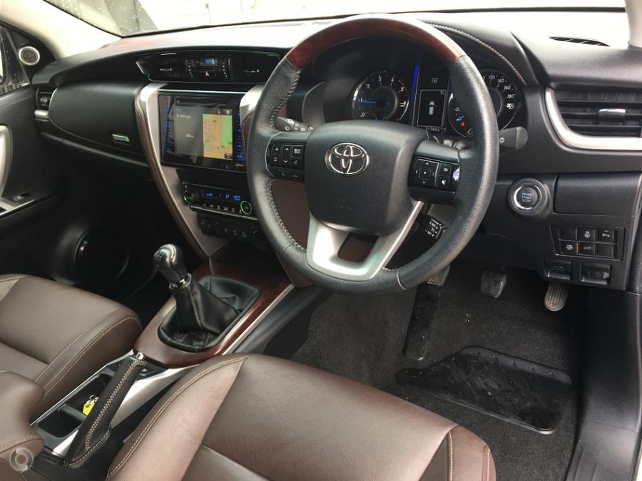 2015 Toyota Fortuner Crusade GUN156R