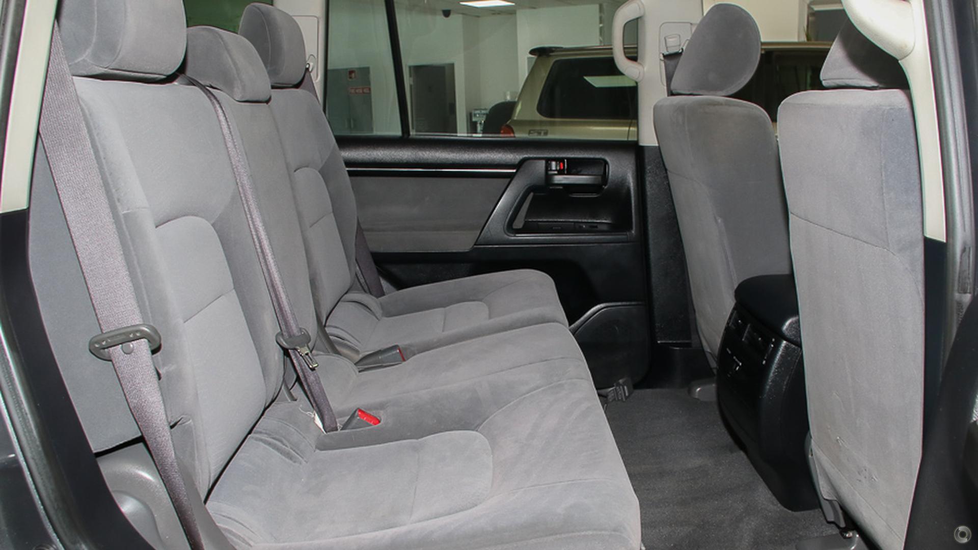 2008 Toyota Landcruiser GXL UZJ200R