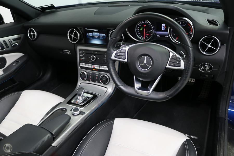 2017 Mercedes-AMG SLC 43 Roadster