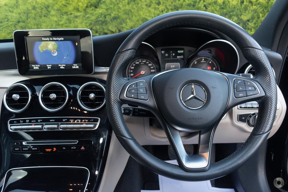 2015 Mercedes-Benz C 300 Sedan