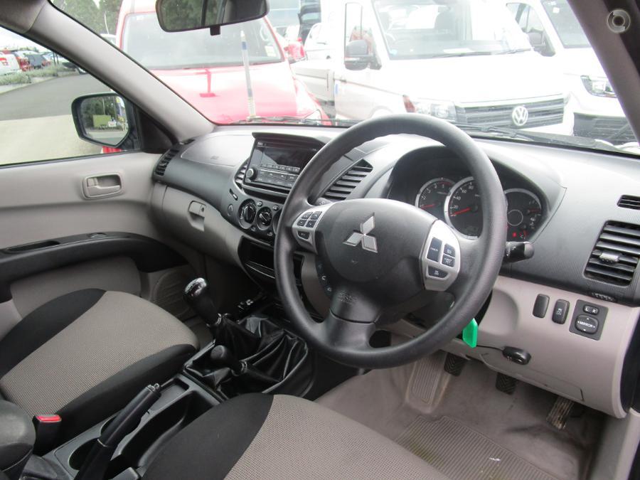 2015 Mitsubishi Triton GLX MN