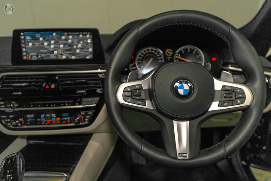 2017 BMW 540i M Sport