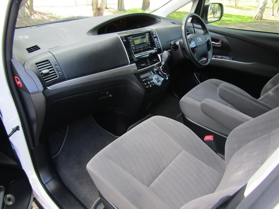 2016 Toyota Tarago GLi ACR50R