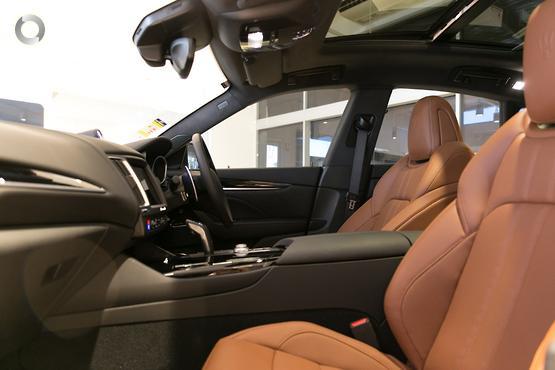 2019 Maserati Levante GranSport M157