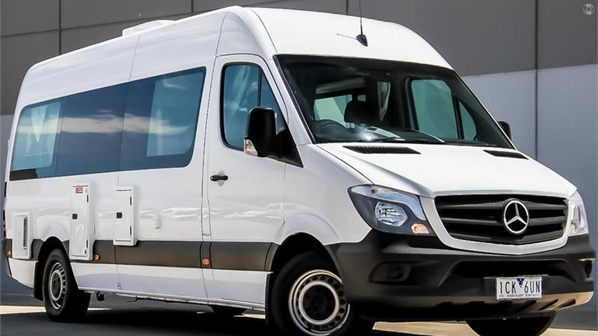 2014 Kea Nomad Mercedes Benz M700 2+1 Berth