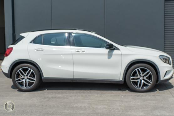 2015 Mercedes-Benz GLA 180
