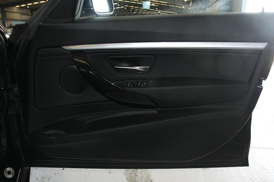 2017 BMW 3 Series 320d Luxury Line