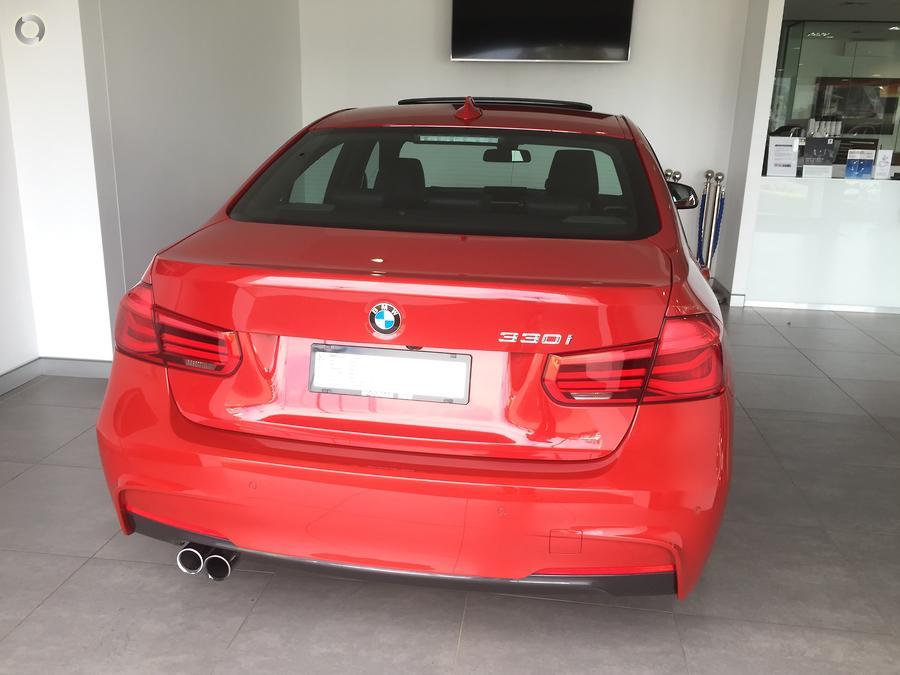 2017 BMW 3 Series 330i M Sport