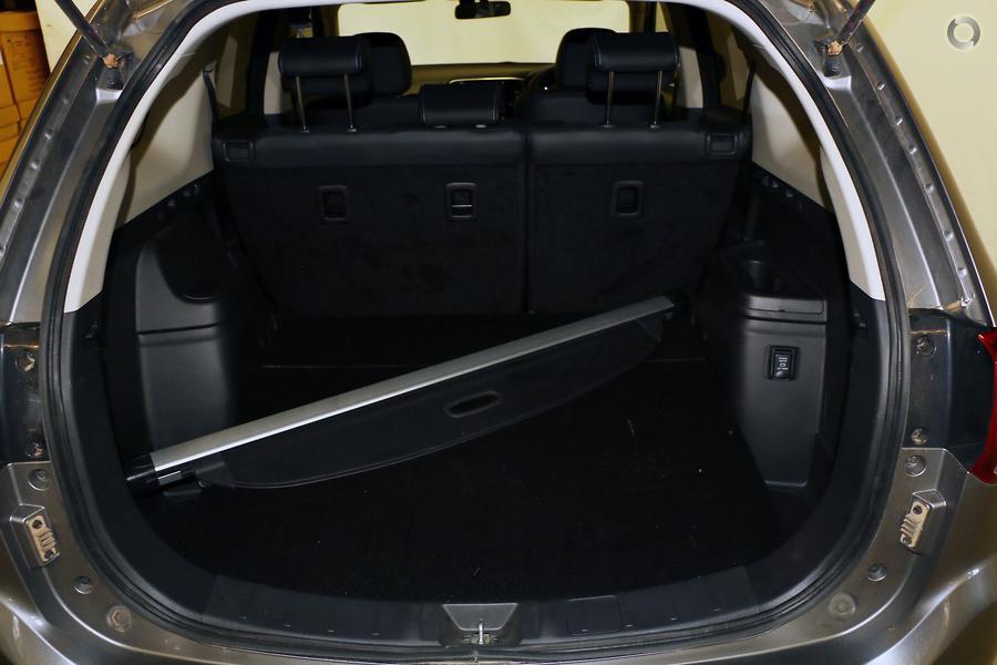 2017 Mitsubishi Outlander PHEV LS ZK