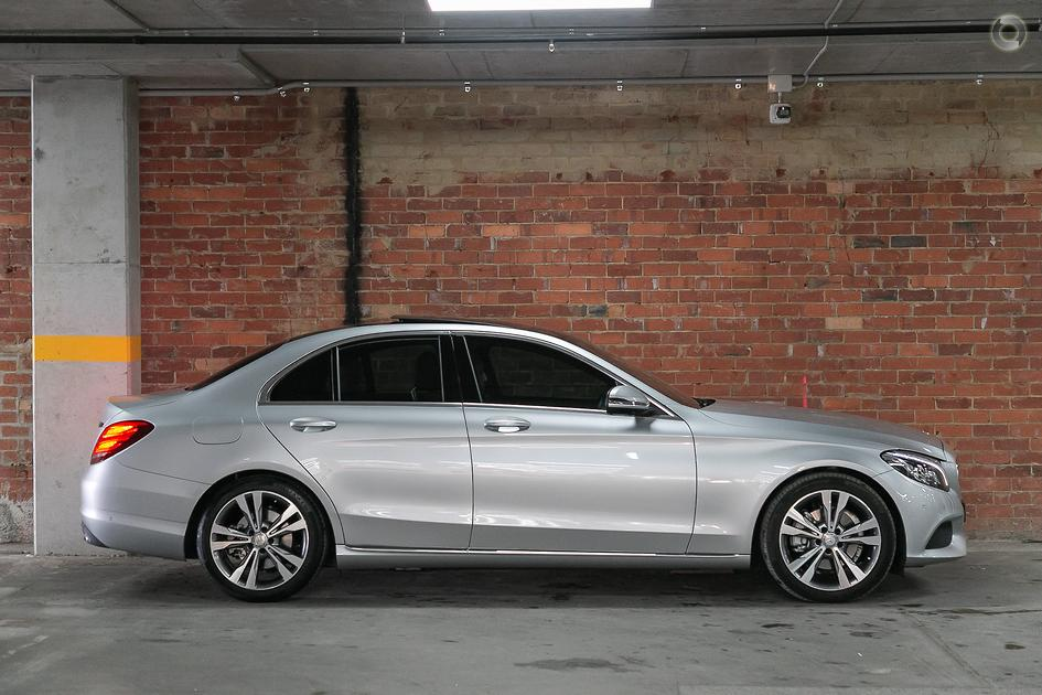 2016 Mercedes-Benz C-CLASS Sedan
