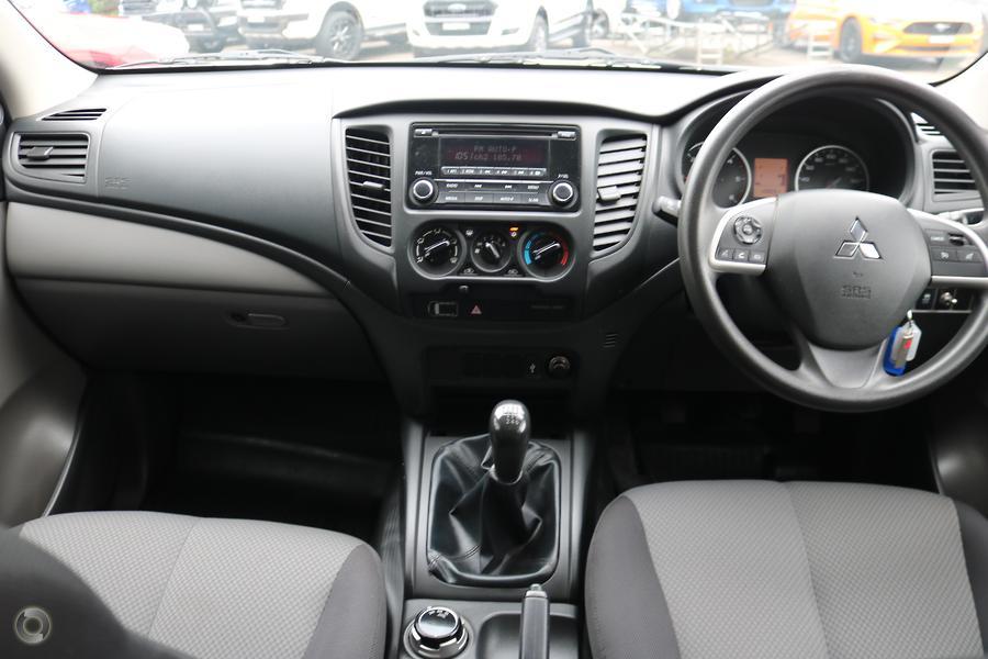 2015 Mitsubishi Triton GLX MQ