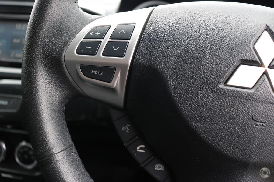 2013 Mitsubishi Lancer LX CJ