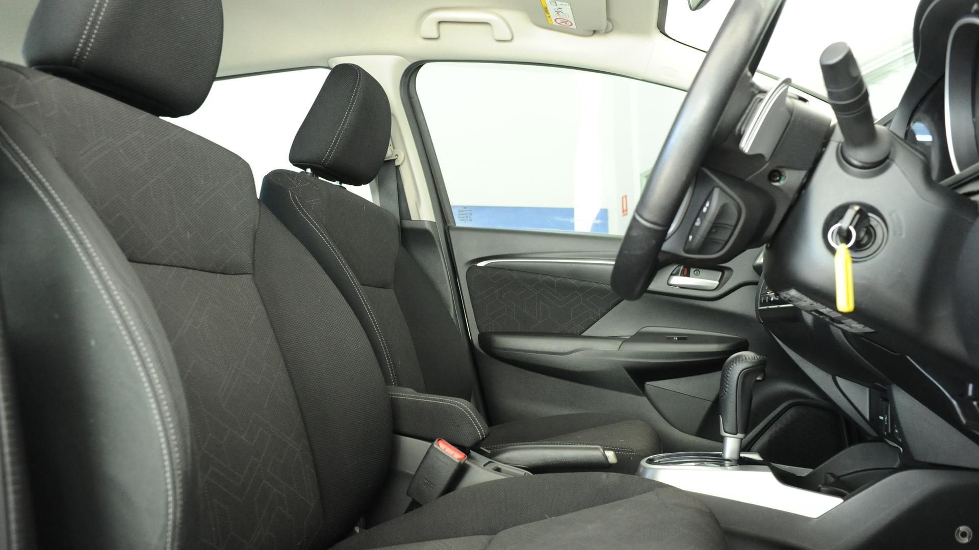 2016 Honda Jazz VTi-S GF