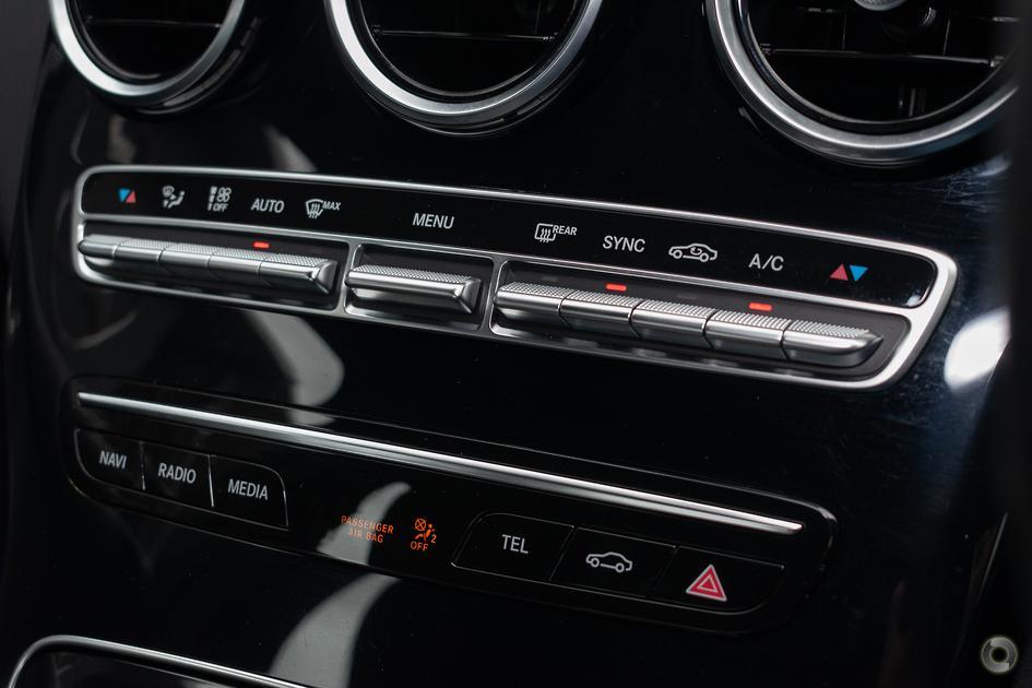 2019 Mercedes-Benz C 200 Sedan