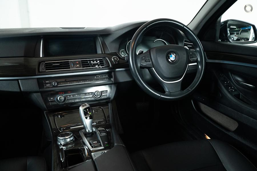 2015 BMW 520d Luxury Line