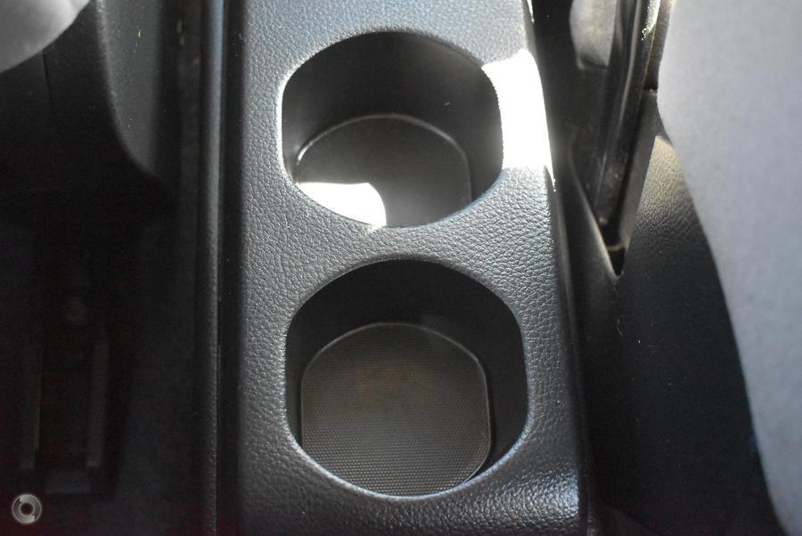 2006 Nissan Tiida ST C11