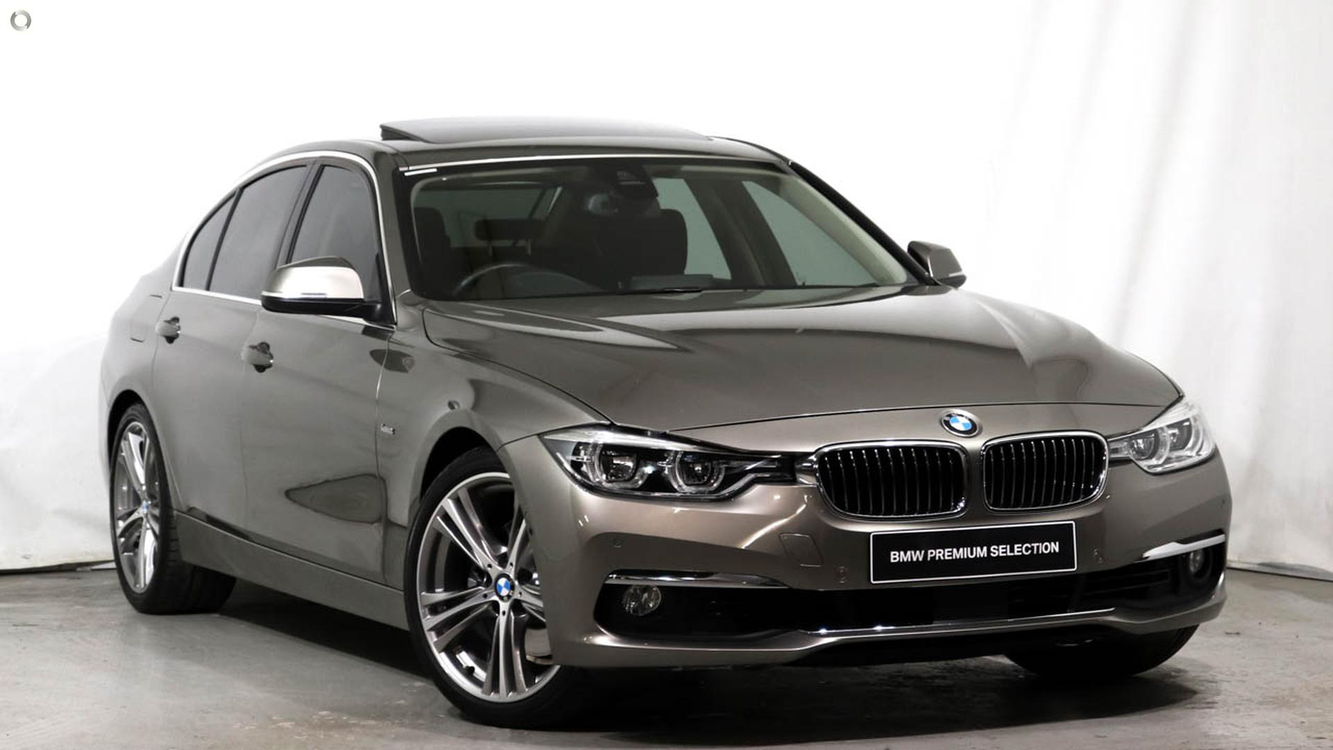 2017 BMW 330i Luxury Line