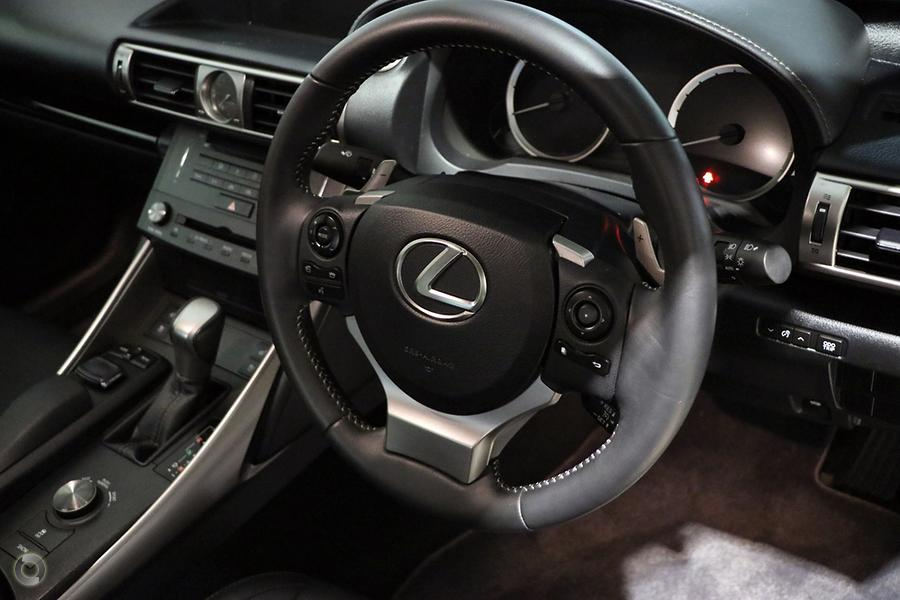 2014 Lexus Is IS250 Luxury GSE30R
