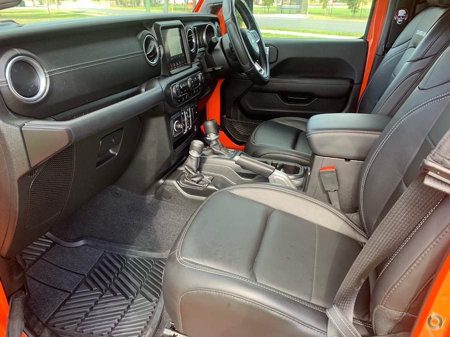 2019 Jeep Wrangler Unlimited Overland JL