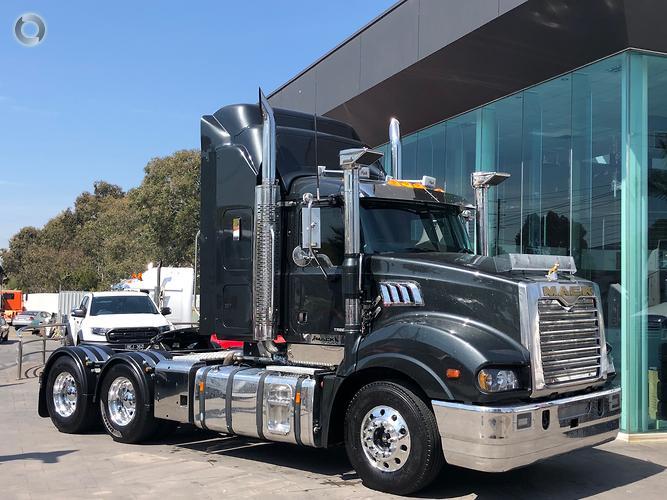 Mack Trucks For Sale >> Trucks Larsens Truck Sales