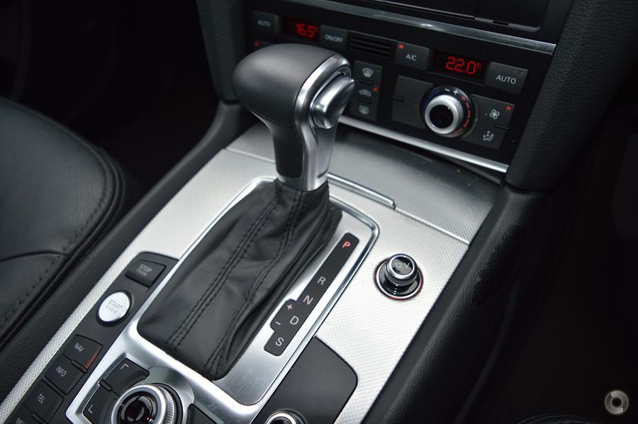 2015 Audi Q7 TDI (No Series)