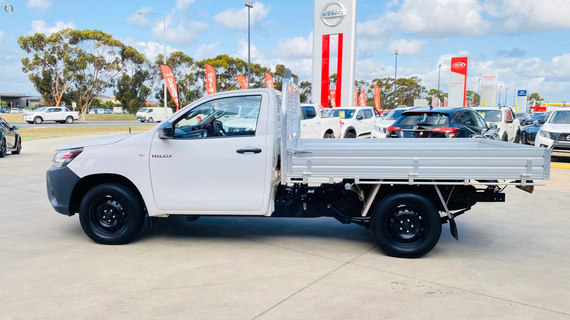 2017 Toyota Hilux Workmate TGN121R