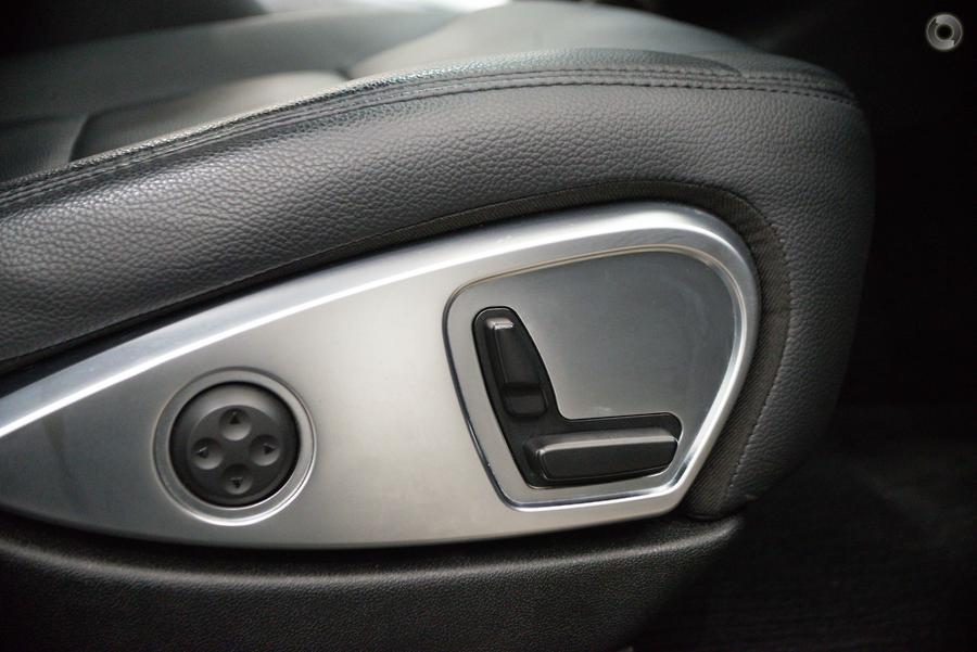 2011 Mercedes-Benz R300 CDI  251