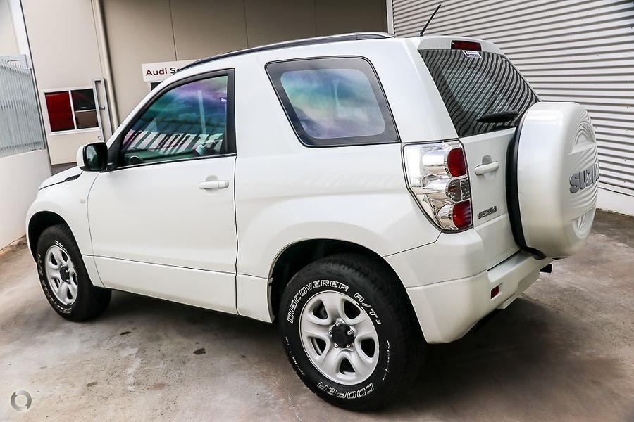 2010 Suzuki Grand Vitara  JB
