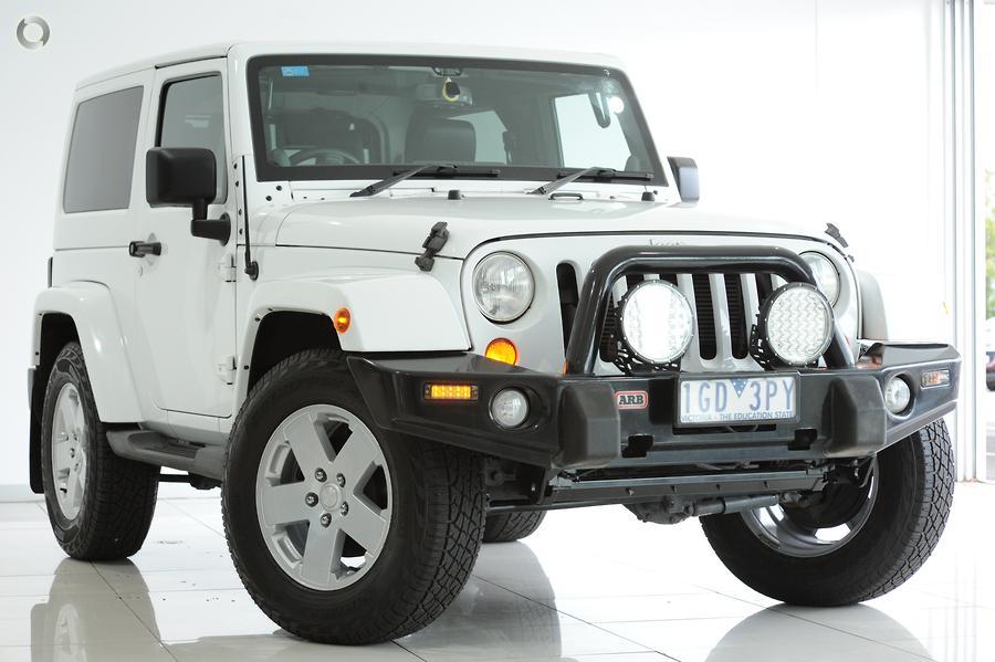 2013 Jeep Wrangler Overland JK