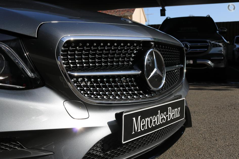 2019 Mercedes-Benz E 300 Coupé