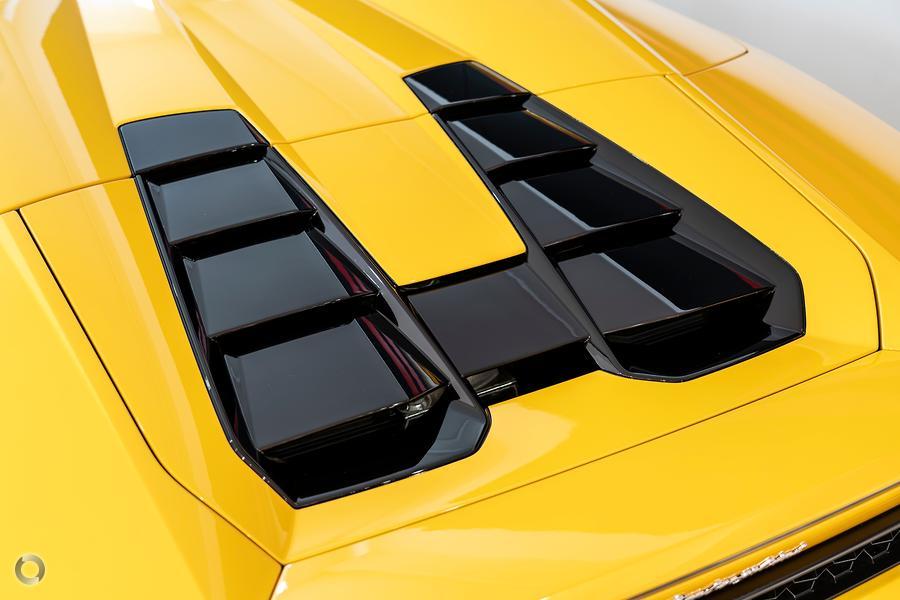 2018 Lamborghini Huracan LP610-4 724