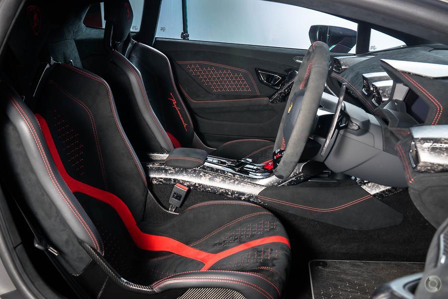 2017 Lamborghini Huracan Performante 724