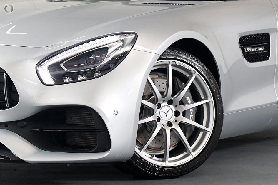 2019 Mercedes-Benz AMG GT Roadster