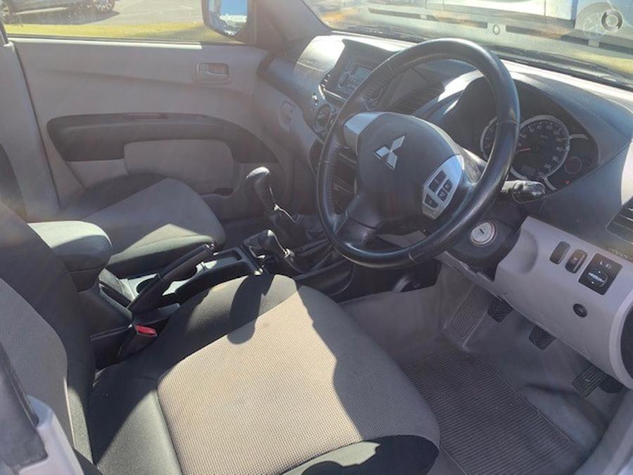 2013 Mitsubishi Triton GLX MN