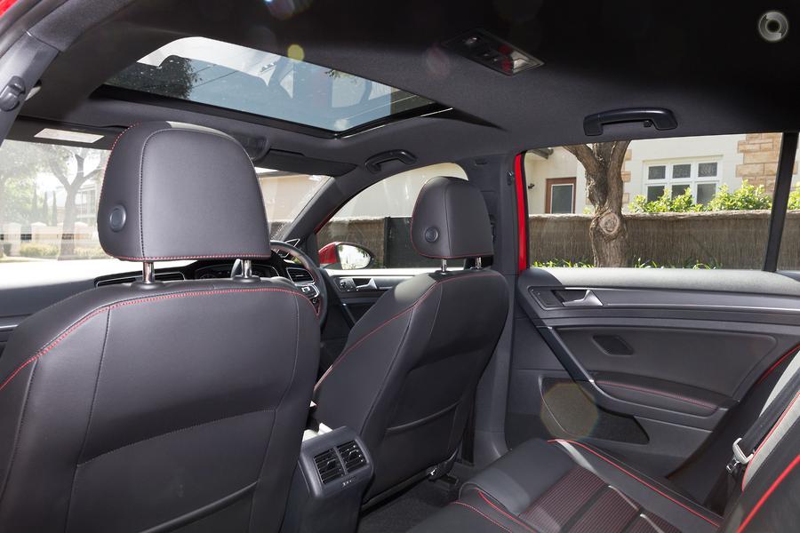 2019 Volkswagen Golf GTI 7.5