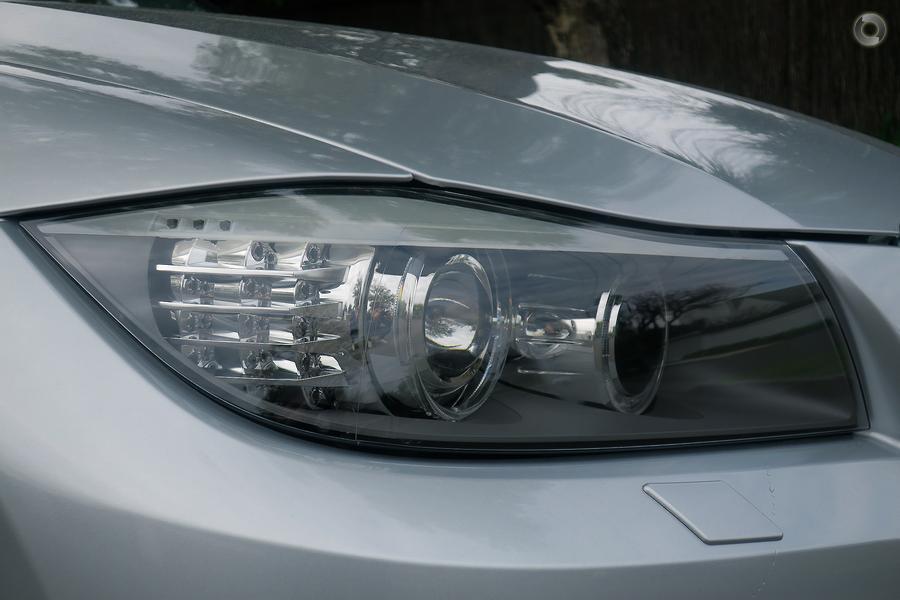 2011 BMW 320i Lifestyle E91 - CBD Prestige