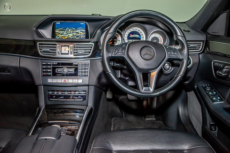 2014 Mercedes-Benz E 300 BLUETEC HYBRID Sedan