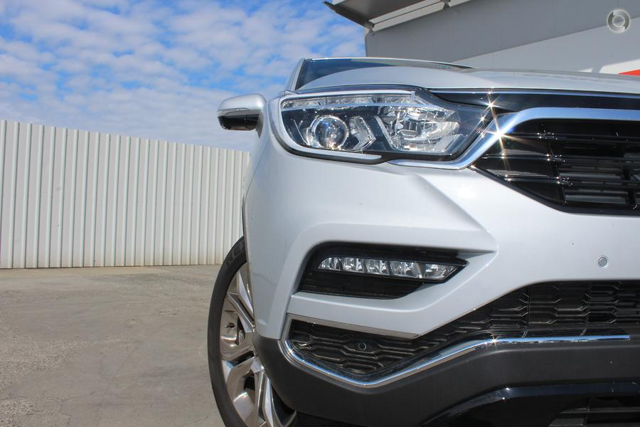 2019 SsangYong Rexton Ultimate Y400