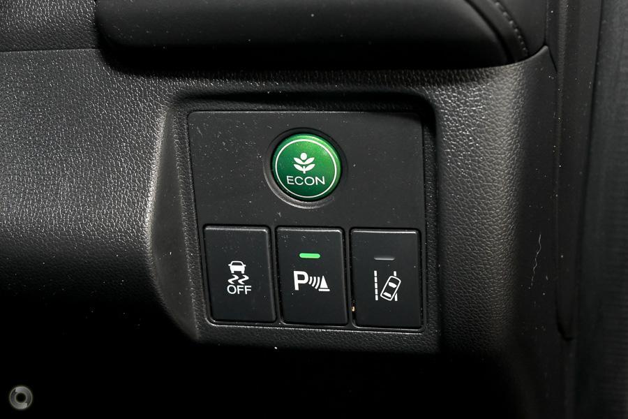 2016 Honda HR-V VTi-L